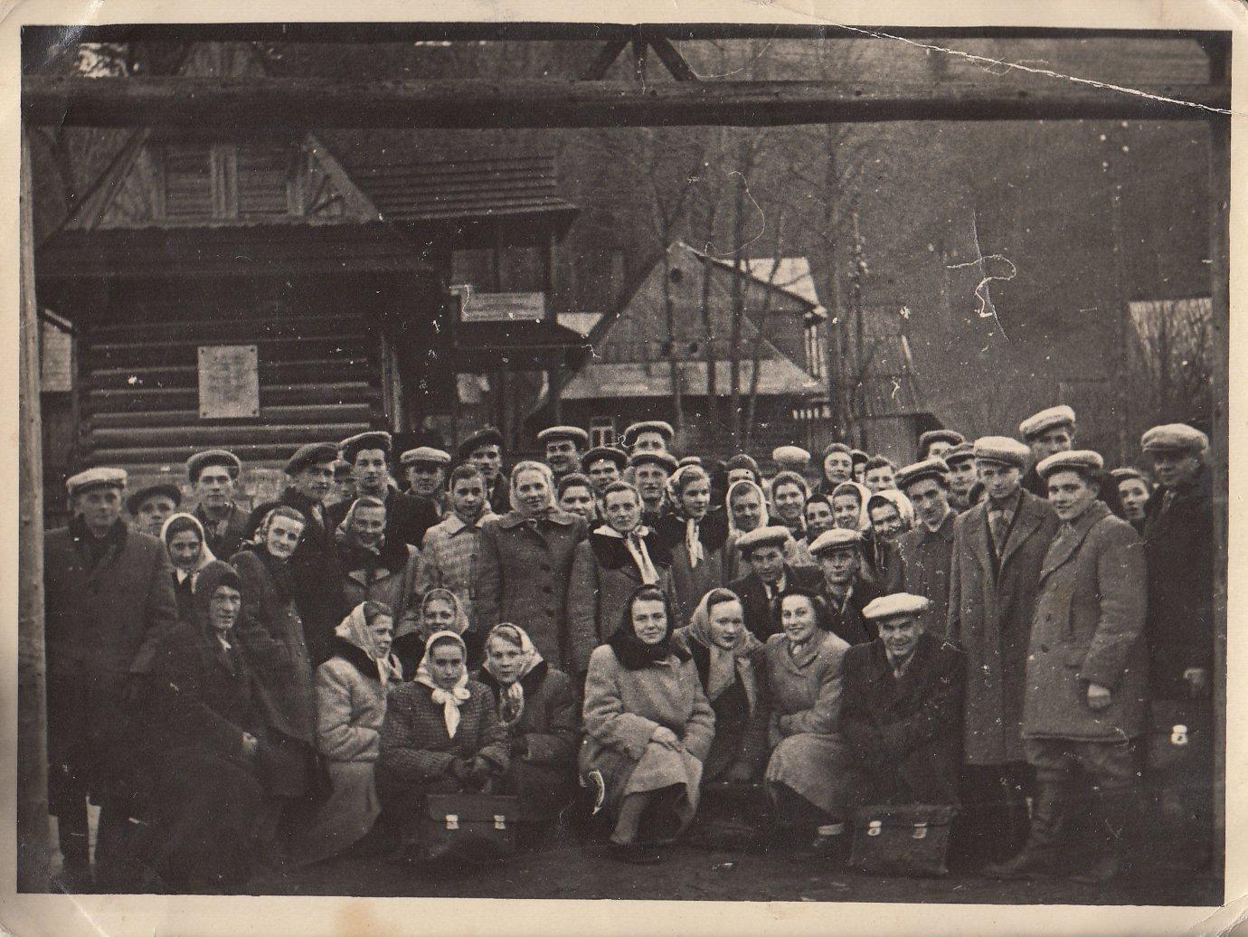 Zespół teatralny z Borzych na wycieczce w Zakopanem, lata '50 XX